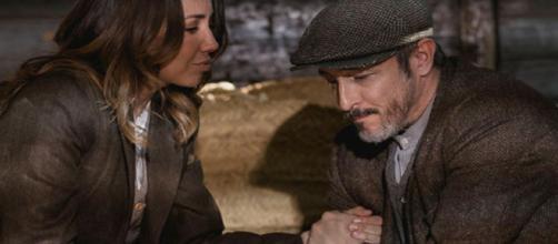 Anticipazioni Il Segreto: Emilia e Alfonso si nascondono nella villa di Francisca