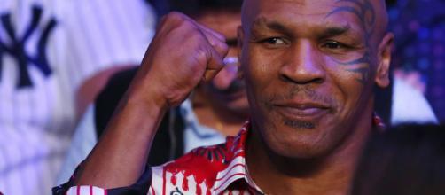 Mike Tyson foi um verdadeiro fenômeno do boxe em seu auge.