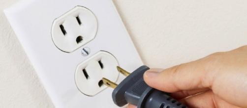 Os aparelhos capazes de consumir energia, ainda que não sejam usados. (Foto: Reprodução Internet)