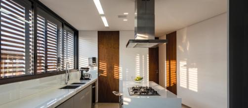 Os eletrodomésticos multifuncionais são indicados para a melhor utilização do espaço.