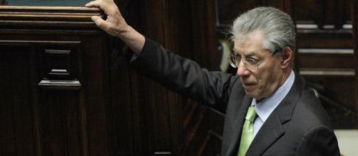 Umberto Bossi chiede l'affidamento ai servizi sociali per evitare il carcere; Claudio Borghi multato per irregolarità bancarie