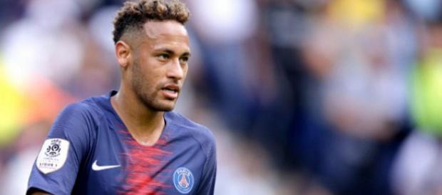 Neymar fait de nouveau l'objet de rumeurs concernant un départ au Real Madrid