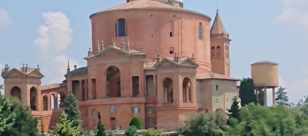 The picturesque Basilica Santuario della Madonna di San Luca, Bologna - Picture by Dave Adair