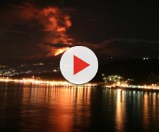 La forza di gravità sta facendo sprofondare l'Etna in mare: potrebbe collassare e provocare uno tsunami con effetti devastanti