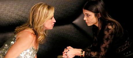 Sonja Morgan and Bethenny Frankel appear on 'RHONY.' - [Bravo / YouTube screencap]