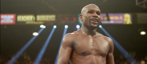 Floyd Mayweather's Retirement Plans Include Gyms, VR, Real Estate ... - fortune.com