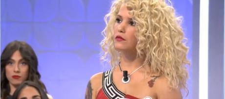 MYHYV: Álex acusa a una de sus pretendientas de engañarle y ella le amenaza con irse