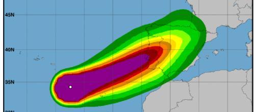 El huracán Leslie llegará a la península Ibérica esta noche