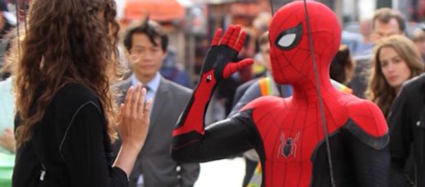 Leaked BTS photos reveal Peter's new suit for 'Far From Home' movie. - [Emergency Awesome / YouTube screencap]