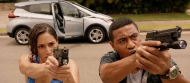 Tani and Junior get immersed in a poolside standoff and take a joyous swim on Hawaii Five-O. [Image source:SpoilerTV-YouTube]
