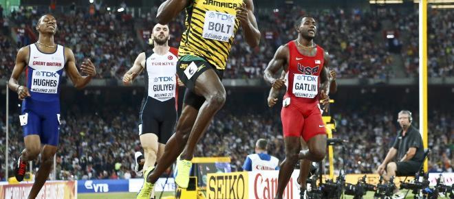 Usain Bolt se inicia en el fútbol profesional con dos goles en la liga australiana