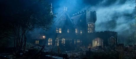 """Netflix has released its latest horror series """"The Haunting of Hill House."""" [Image @TheAVClub/Twitter]"""