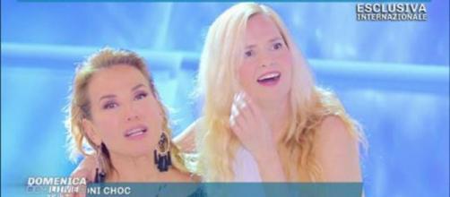 Barbara D'Urso con Grecia Colmenares