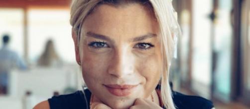 Gossip: Emma Marrone molto vicina a Giacomo Ferrara, attore di 'Suburra'.