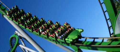 Os parques de diversão nos proporcionam viver experiências inesquecíveis. (foto reprodução).