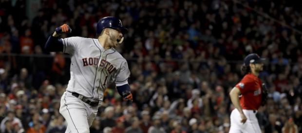 Correa dio el hit clave del juego 1 de la ALCS en Fenway Park www.washingtontimes.com