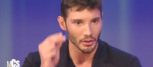 Stefano De Martino si commuove per Belen