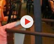 Scopre che la moglie lo tradisce con il consuocero, botte e insulti al ristorante - Il Mattino