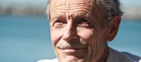 Erri De Luca attacca il Governo ma critica anche le opposizioni