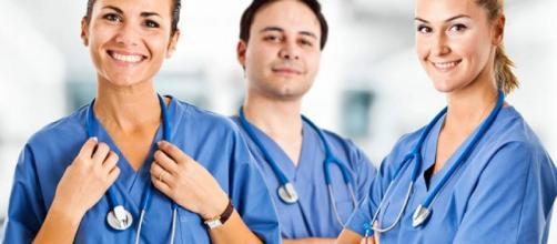 Corso per operatore socio sanitario da 1000 e da 400 ore – R&M ... - sardegna.it