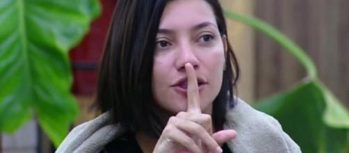 Gabi Prado disse que Nadja não vence A Fazenda, a não ser que o reality seja comprado. (foto reprodução).