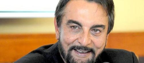Veteran Actor Kabir Bedi Shares - shbab25 - shbab25.org