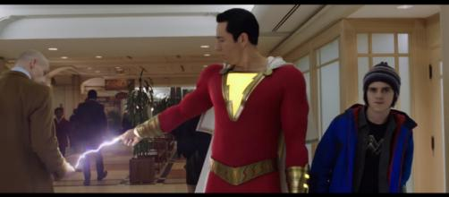 Zachary Levi stated that Shazam will one day join the Justice League in the DCEU [Image Credit: Warner Bros. Pictures/YouTube screencap]