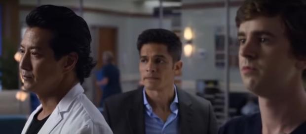 Dr. Murphy joins in helping a mother understand that loving can mean letting go on The Good Doctor. [Image source: TVPromos-YouTube]