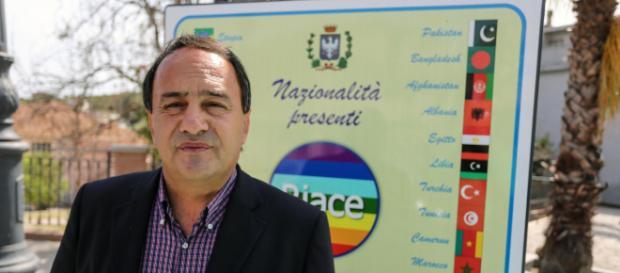 Lucano: 'A Riace sorgerà un nuovo Sprar, autogestito e indipendente'.