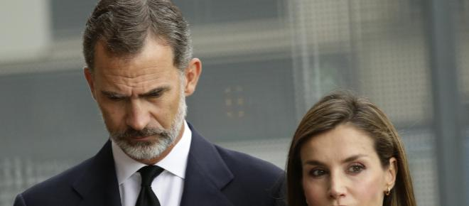 El rey de España se negó a coger una escoba para ayudar a las víctimas de Mallorca