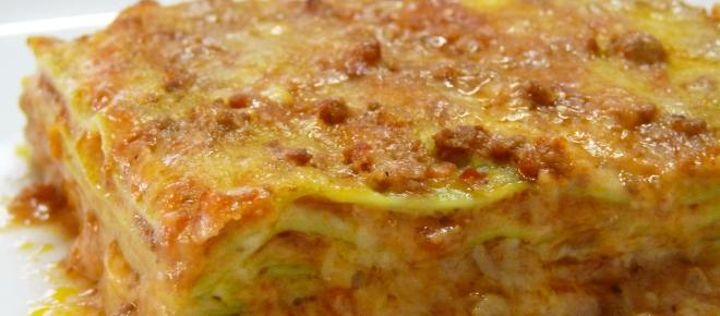 Sapori d'Autunno: lasagna con crema di zucca, salsiccia e provola