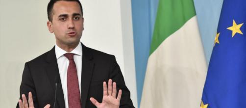 Luigi Di Maio: 'Hanno manipolato il testo sulla pace fiscale, denunceremo in Procura'