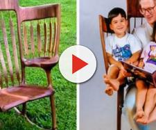 Uma cadeira que comporta as crianças e os pais seria a solução para o desconforto na hora da leitura