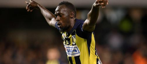 Despite scoring twice on his first start, Usain Bolt has yet to be offered a contract at Central Coast Mariners (Image via - net.au/Twitter)