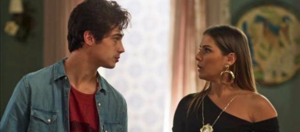 Valentim e Karola se desentendem em Segundo Sol