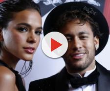 Bruna Marquezine assume fim do relacionamento com o jogador Neymar.