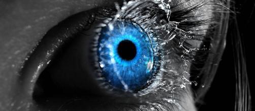 A íris do olho é capaz de indicar sinais de que algo não vai bem