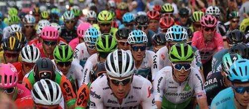Calendario Corse Ciclistiche 2020.Ciclismo Nuove Regole Per I Grandi Giri Meno Wild Card Per