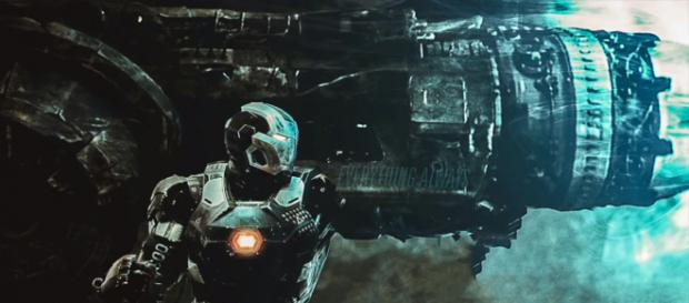A new theory hints that Iron Man will build the Proton Cannon in 'Avengers 4' [Image Credit: The Cosmic Wonder/YouTube screencap]