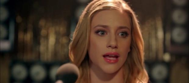 Betty's speech in 1x13 via Elisabetta B./YouTube Screencap