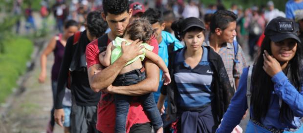 La caravana de migrantes arribó a territorio mexicano. - univision.com