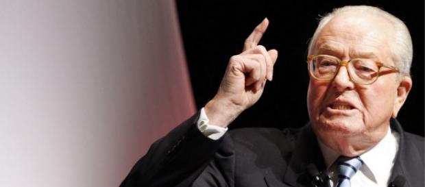 Jean-Marie Le Pen veut être candidat aux élections européennes