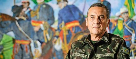 Filha do comandante do Exército critica Haddad e Lula