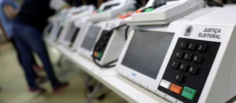 Saiba como funciona a logística da contagem dos votos