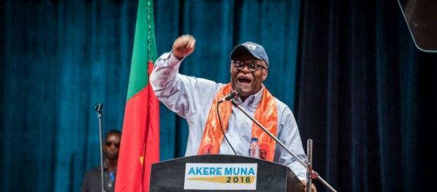 Akere Tabeng Muna en pleine Campagne présidentielle (c) Paul Mahel