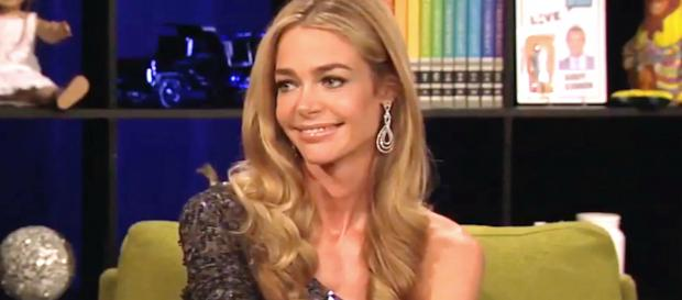 Denise Richards is seen on 'Watch What Happens Live.' [Photo via Bravo/YouTube]