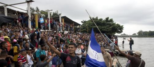 Caravana de inmigrantes hondureños arribó a México