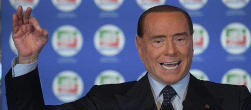 Silvio Berlusconi attacca l'asse legastellato