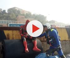 Ancona, 'Spiderman' depresso su una banchina del porto: 'Ho finito la ragnatela'