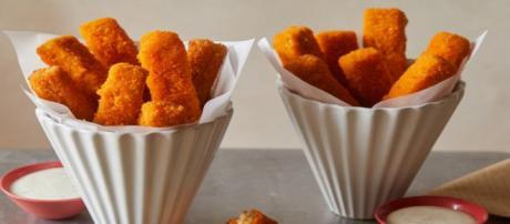 Alimentos gordurosos são alguns dos vilões da pele saudável. (foto reprodução).